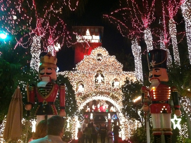 20121206-141436.jpg & The Mission Inn Festival of Lights u2014 nHerShoes azcodes.com